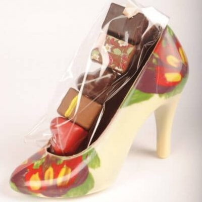 Stiletto with five chocolate  pralines